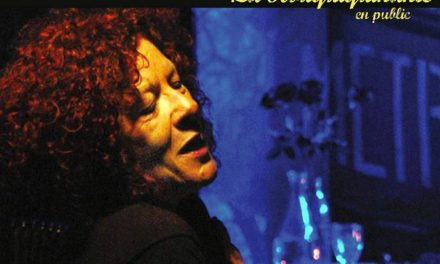 La Rouquiquinante, quelque chose de la môme Piaf