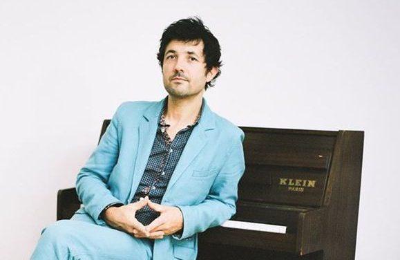 Albin de La Simone, du bleu authentique et suave