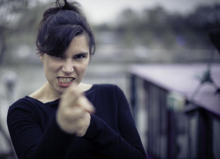 Lily Luca, Et si l'humour sauvait du pire
