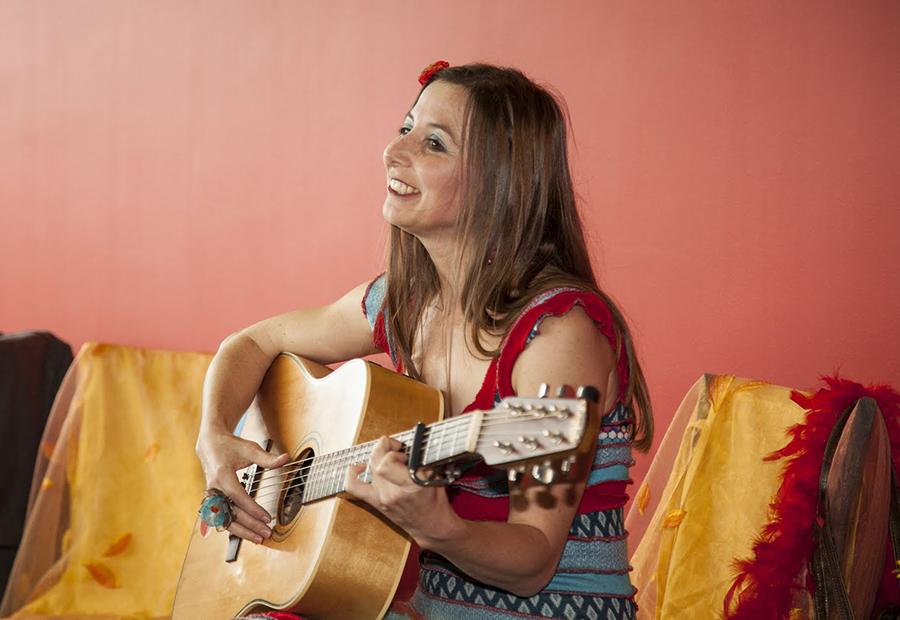 Flo Zink, la joie d'une femme qui chante