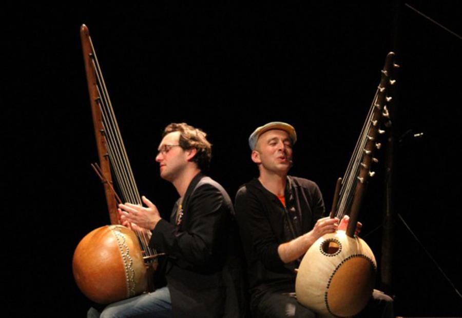Hervé Lapalud et Jonathan Mathis, en avant la musique!