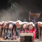 Les Étrangers familiers, Un vent furibond souffle sur le festival Détours de Chant